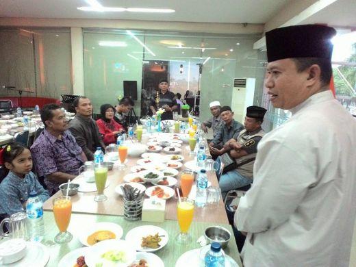 Keluarga Besar Humas dan Protokol Kota Padang Babuko Basamo