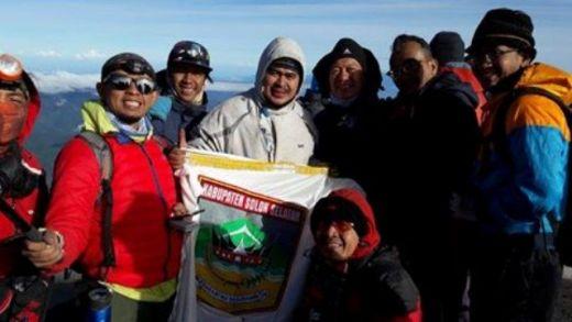Lewati Bangun Rejo, Pendaki Pemkab Solok Selatan Capai Top Kerinci