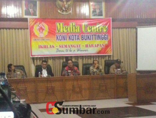Ketua KONI Sumbar Lantik Pengurus KONI Bukittinggi Periode 2016-2020