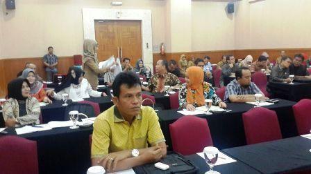 DPRD Padang Desak Pemprov Sumbar Selesaikan Pembangunan Jalan Arau Nipah - Air Manis