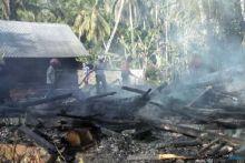 Dua Rumah Hangus Terbakar di Solok, Diduga Korsleting Listrik Akibat Gempa