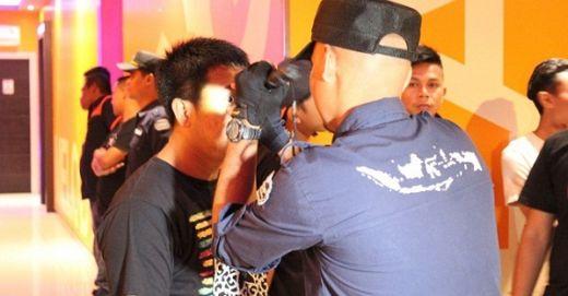 BNNP Sumbar Razia Tempat Hiburan Malam, Dua Pengunjung Positif Narkoba