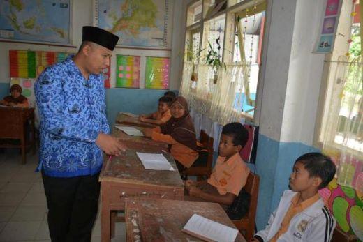 Walikota Padang Panjang Tinjau SD Sungai Andok, Hendri Arnis: Guru Harus Paham Aggaran
