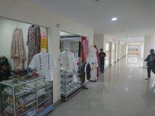 Selama 4 Bulan Berdagang di Masa Pandemi Covid - 19, Penyewa Toko Pasa Ateh Bukittinggi Masih Minim Pembeli