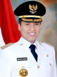 Pasar Padang Panjang Dibangun PT.Hutama Karya, Walikota Hendri Arnis: Masyarakat Diminta Bersabar