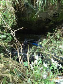 Sopir Mengantuk, Mobil Pick Up Membawa Muatan Bawang Ini Terguling di Penurunan Batagak Agam