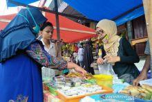 Meski PSBB, Pedagang di Pasar Pabukoan Pariaman Masih Beromzet Ratusan Ribu per Hari