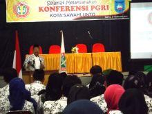 Ketua PGRI Sumbar Zainal Akil: Perjuangan Kami Tak Pernah Berhenti Menggolkan Guru Honor K2
