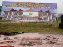 Ketua PP Muhammadiyah Hadiri Peletakan Batu Pertama Pembangunan Kampus UMSB di Bukittinggi