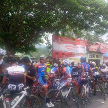 Meski Sampai ke Garis Finish, Etape 1 Tour de Singkarak Tak Berjalan Mulus