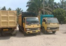 Petani Air Haji Pasaman Barat Blokade Jalan perusahaan PT Agrowiratama