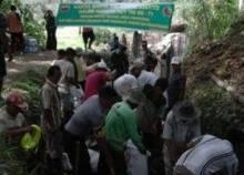 Rangkaian Peringatan HUT TNI ke-71, Kodim 0307/Tanah Datar Lakukan Karya Bhakti