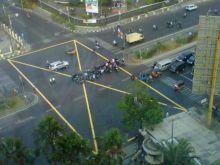 Kenapa Banyak Kotak Kuning Bersilang di Perempatan Jalan di Padang, Ini Gunanya